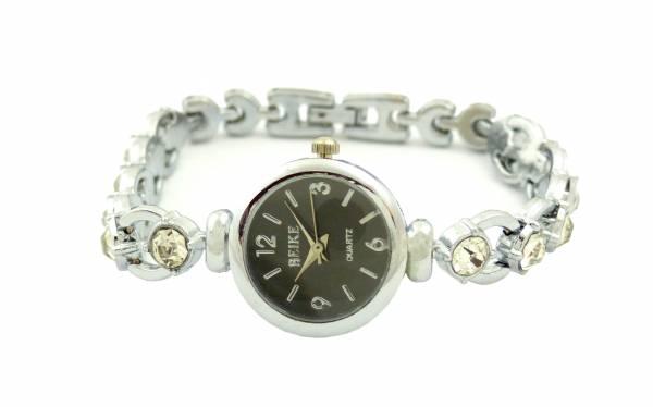 Damen-Uhren schwarz Frauen Armband-Uhr Markenuhr Klassische Designer Uhr Black Watch