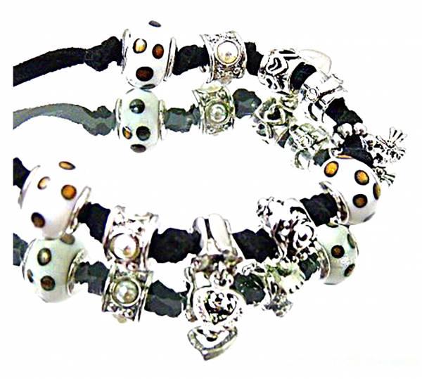 Damen Halskette Charms-Armband schwarz Marken Beads Anhänger