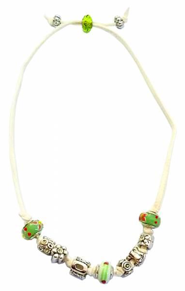 Halsketten edle Beads-kette weiss made in Germany in einzigartiger Zusammenstellung