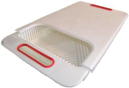 praktisches Küchen Schneidebrett mit Auffangkorb