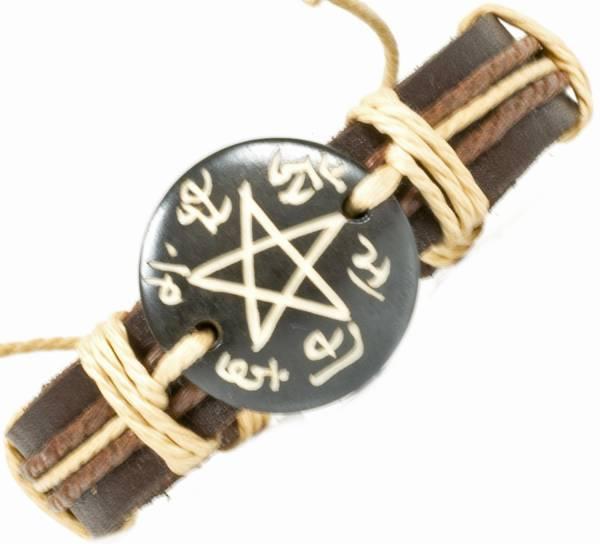 Herren Leder Armreifen Schmuck Armband Vintage Einstellbar Surf Armkettchen Motiv Pentagramm
