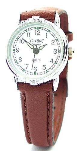 elegante Armbanduhr mit glänzenden Metallarmband und Faltschliesse