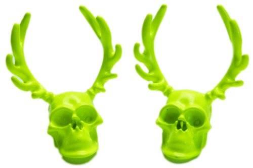 Ohrringe 2 Stk, hochwertige Verarbeitung Totenkopf mit Geweih GRÜN