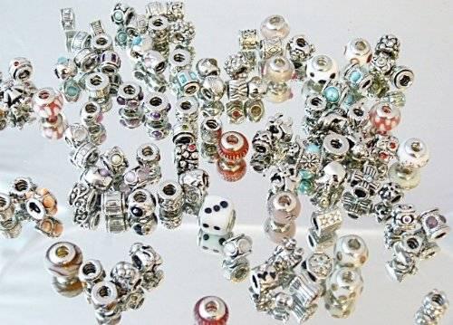 Beads Set Charms Sortiment 100 tolle Beads Charms bunt gemischt Insolvenz, Geschäftsauflösung Glas, Silber, Strass