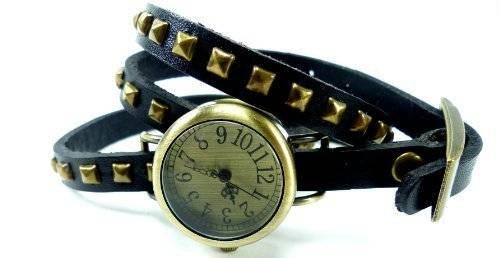 Uhr Damen Uhr Armbanduhr Wickel Armbanduhr-Damen-Uhren mit Nieten 60-14